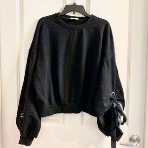Oversize Sleeves Crop Sweater Black S/M
